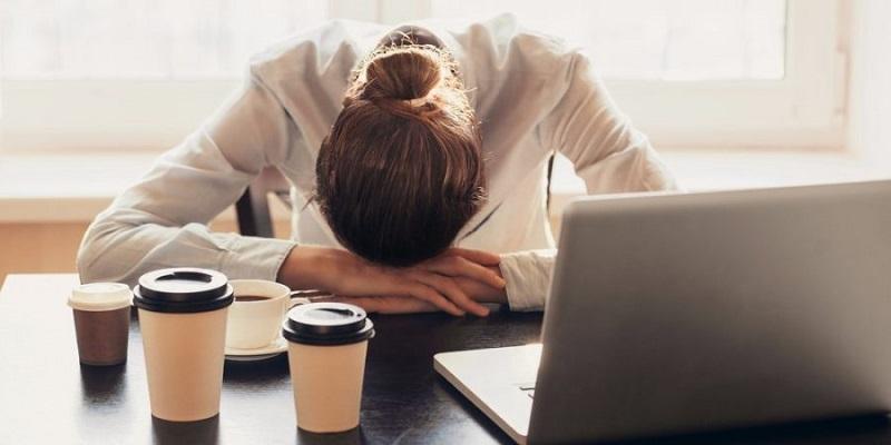 نشانه هایی که ثابت می کند دچار اضطراب پنهان هستید اما خودتان خبر ندارید