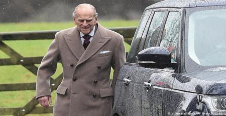 خودروی همسر97ساله ملکه انگلیس واژگون شد