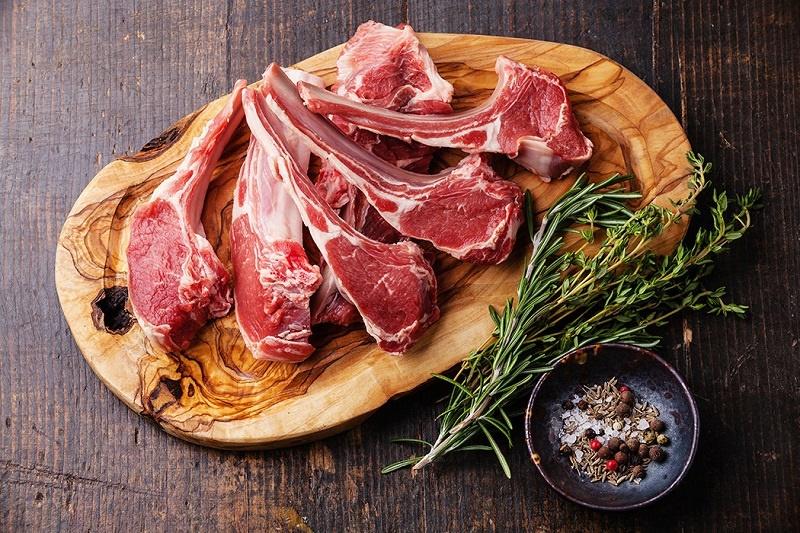 خوردن بيش از حد گوشت قرمز و مضرات بي شمارش براي بدن
