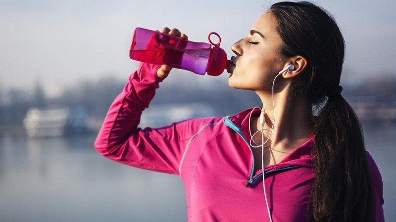 خوردن این نوشیدنی حین ورزش سبب کاهش وزن میشود