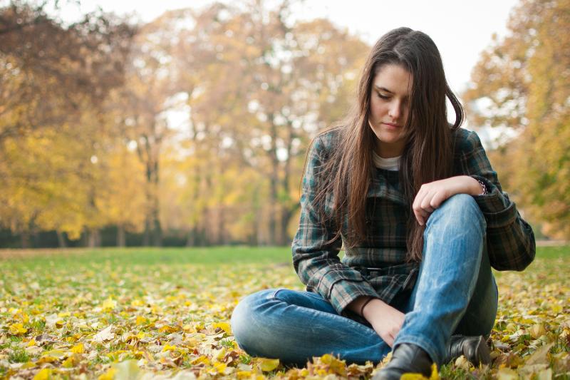 علل افسردگي زنان جوان