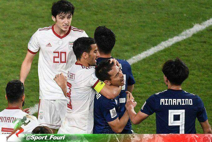 احسان حاج صفی در حال خفه کردن بازیکن ژاپن+عکس