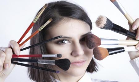 ۷ حقیقت آرایشی را  بدانید
