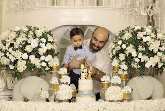 جشن تولد فوق لاکچری یک سالگی پسر «محسن تنابنده» + عکس