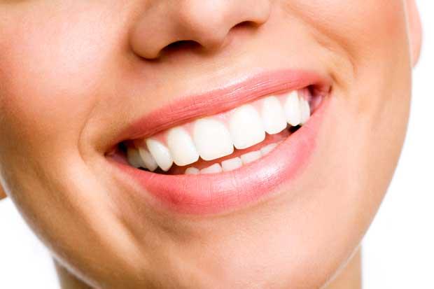 نسخه ابوعلي سينا براي داشتن دندانهاي زيبا و لثه سالم
