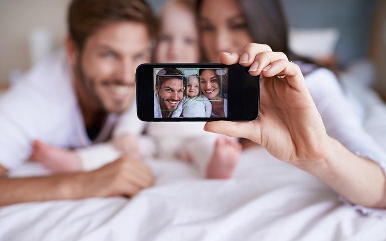 تصاویر کودکان را در شبکههای اجتماعی منتشر نکنید