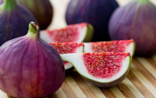 محافظت در برابر سرطان سینه با مصرف این میوه