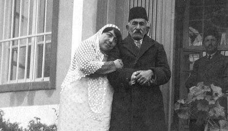 تصویری جالب از زوج ایرانی در زمان قاجار! + عکس