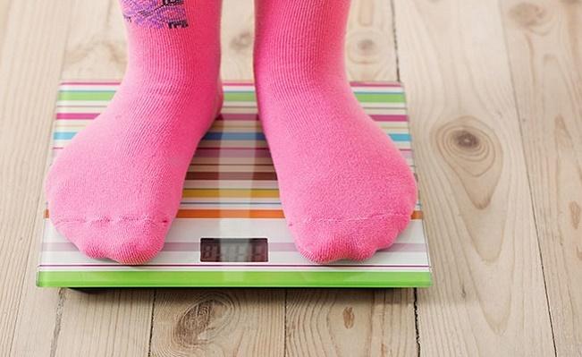 كموزني به اندازه چاقي ميتواند خطرناك باشد