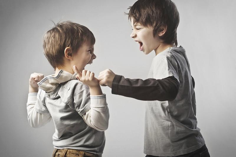 مقابل فحاشی کودکان چگونه رفتار کنیم؟