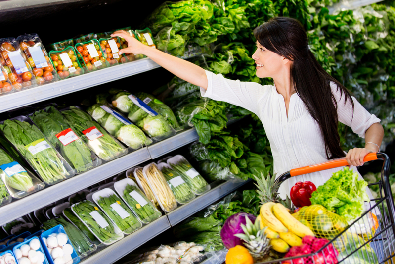 میوه و سبزیجات تازه بهتر است یا یخزده؟