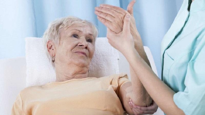 عوامل خطر پوكي استخوان را بشناسيد