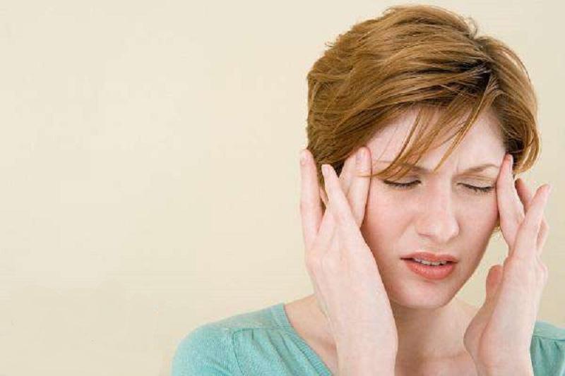 ۱۶ درمان خانگي ميگرن و پيشگيري از سردردهاي ميگرني