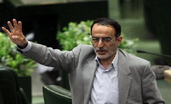 کریمی قدوسی برای استعفای ظریف در مجلس شیرینی پخش کرد! + عکس