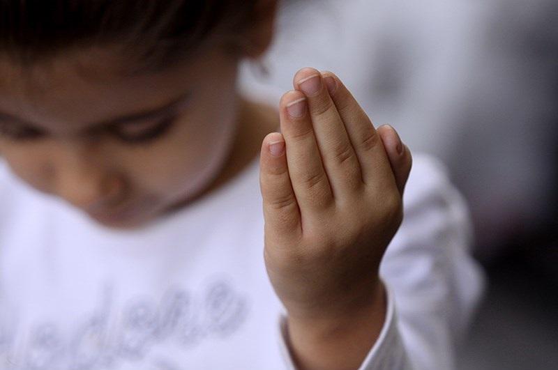 چگونه خداوند را به فرزندمان معرفی کنیم؟