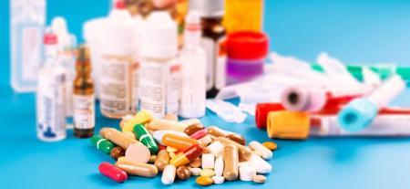 مصرف دارو در سفر