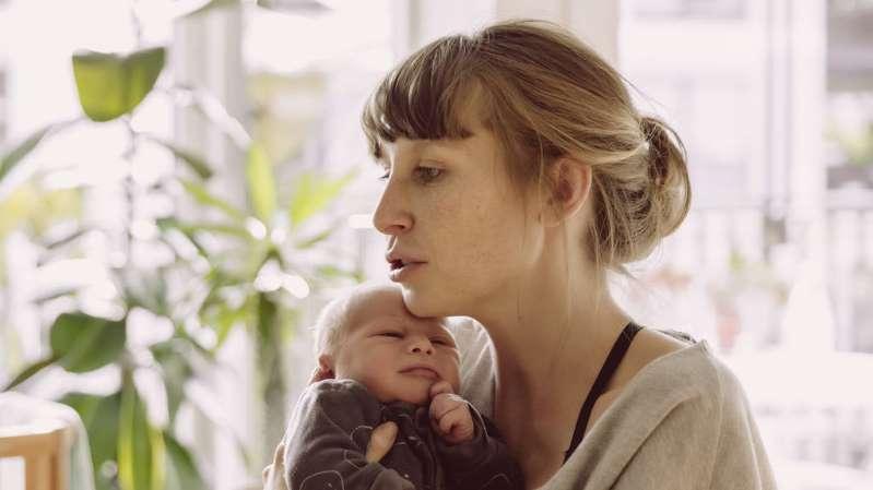 چرا بچه دار شدن در 50 سالگی خطرناک تر است؟
