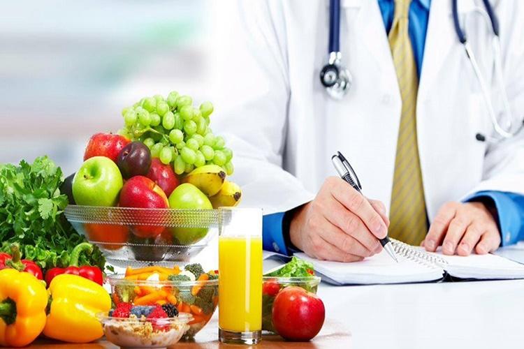 اهمیت بالای نقش رژیم درمانگر در درمان بیماران