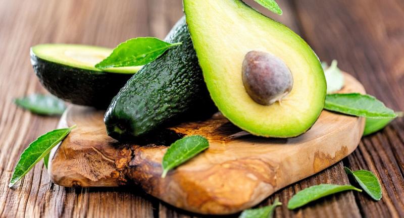 سالم ترین قسمت این میوه هسته ی آن است