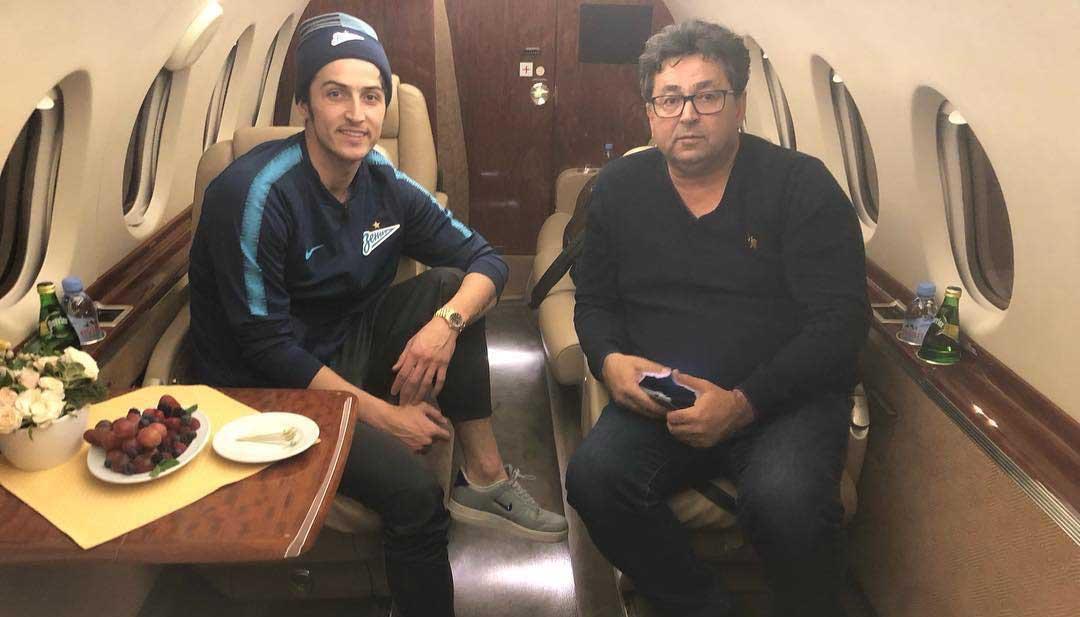 سردار آزمون و پدرش در هواپیمای شخصی! + عکس
