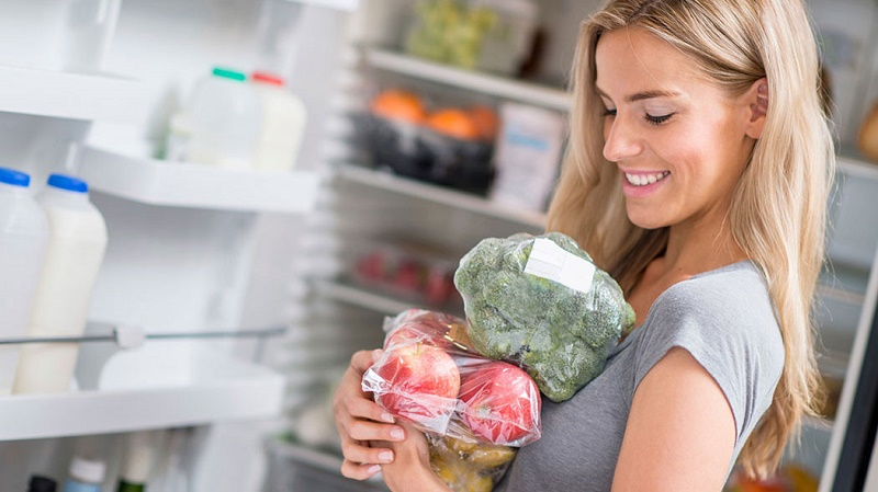 این مواد غذایی را در یخچال نگهداری نکنید، خراب میشوند