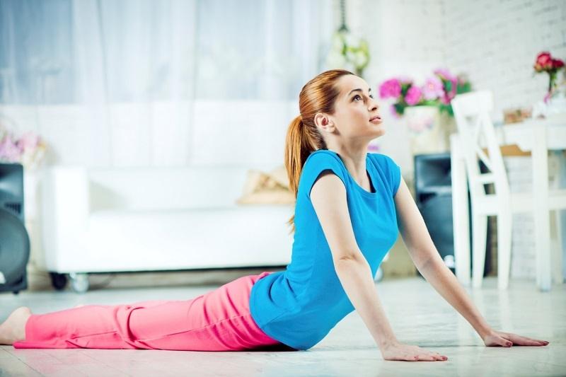 6 تمرین ساده برای درمان قوز کمر در خانه