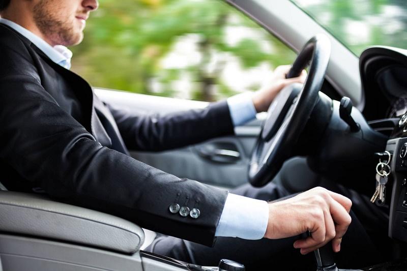 15 عادت اشتباه در رانندگی