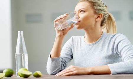 چهار نکته کارشناسی برای تامین آب مورد نیاز بدن