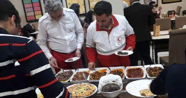 رئیس جمعیت هلال احمر در رستوران لاکچری گرگان! + عکس