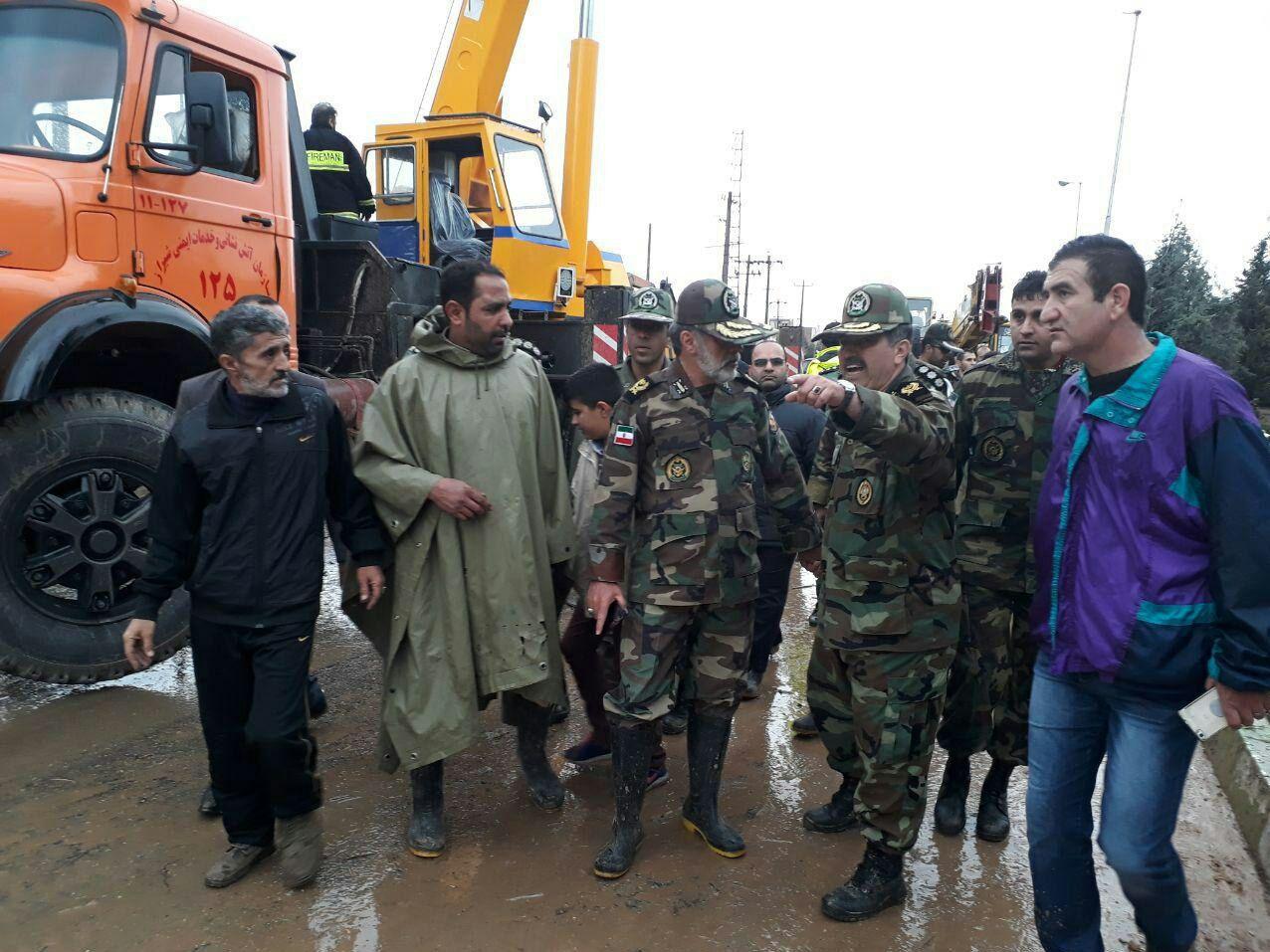 یگانهای ارتش در دروازه قرآن شیراز + عکس