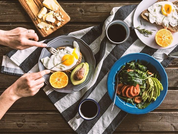 با این توصیهها بهترین خوراکیها را برای صبحانه خود انتخاب کنید