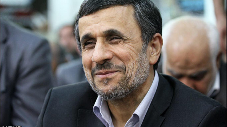 گپ توئیتری احمدی نژاد با یک خانم استرالیایی! + عکس