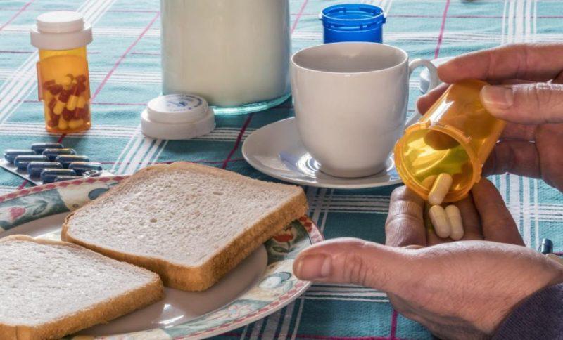 خودداری بیماران از قطع خودسرانه یا تغییر زمان مصرف دارو در ماه مبارک رمضان