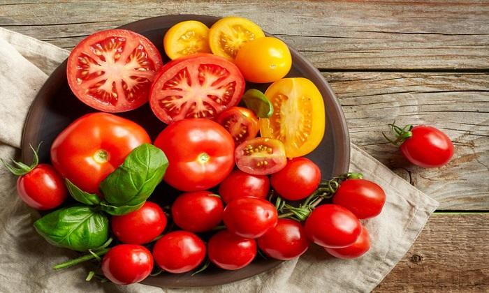اگر زیاد گوجه فرنگی می خورید، بخوانید