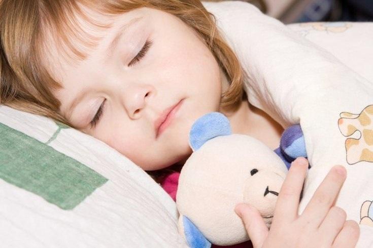 تاثیر عادات و رفتارهای روزانه کودک در خواب شبانه