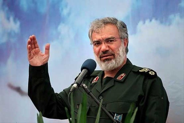 سردار فدوی: ناوهای آمریکا در منطقه تحت کنترل کامل ارتش و سپاه هستند+عکس