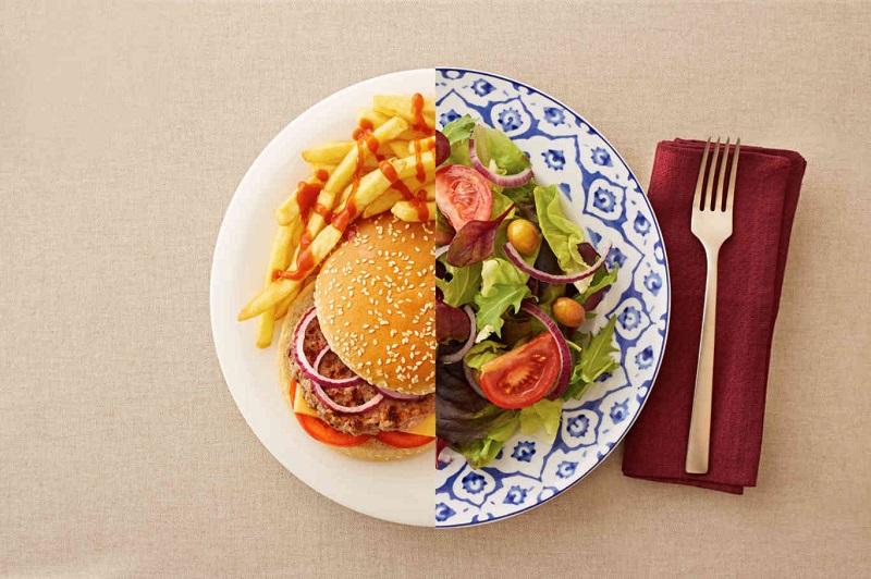 مصرف کدام غذاها احتمال ابتلا به سرطانهای گوارشی را افزایش میدهد؟
