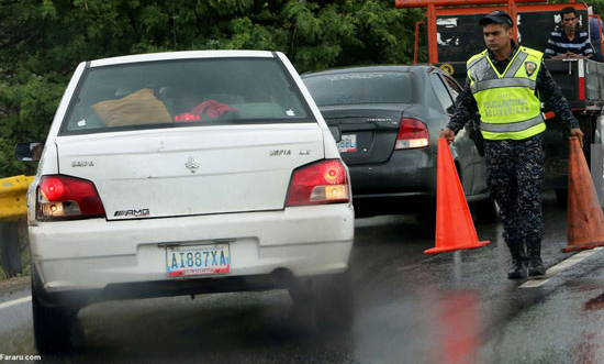 پراید سفید در پمپ بنزینی در ونزوئلا! + عکس