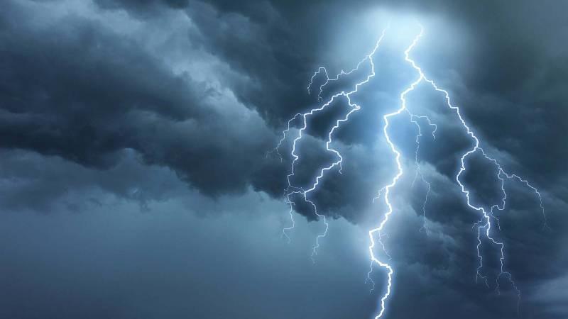 هشدار هواشناسی درباره خطر صاعقه در مناطق مرتفع