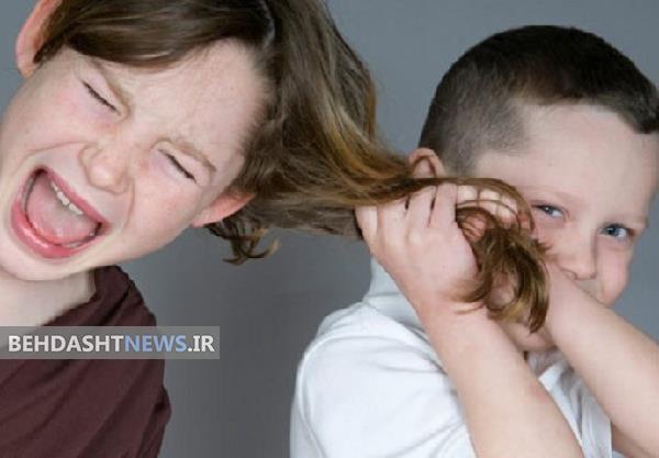 با حسادت کودک اول به خواهر و برادرش چه کنیم؟