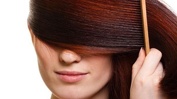 چگونه موهای آسیبدیده را با مواد در دسترس ترمیم کنیم