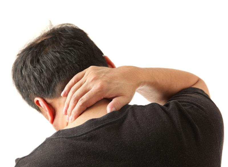 درد و سوزش در ناحیه گردن + راههای درمان آن