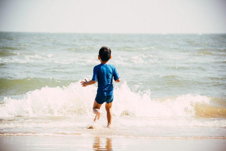 برای جلوگیری از این بیماریها از شنا کردن در دریاها بپرهیزید