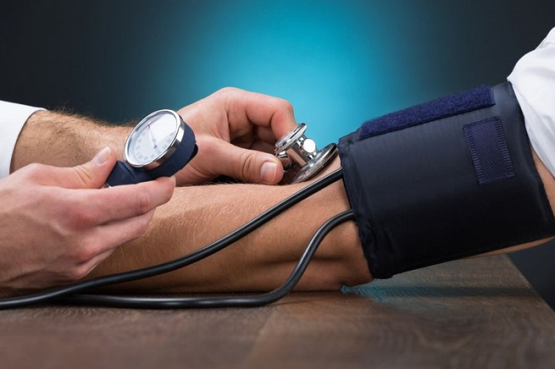 با یک تکنیک چینی فشار خون خود را در ۵ دقیقه کاهش دهید