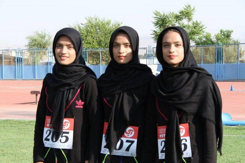 تصویری از  زهرا، معصومه و فاطمه کرمی بانوان سه قلوی دونده قزوینی در مسابقات قهرمانی جوانان کشور