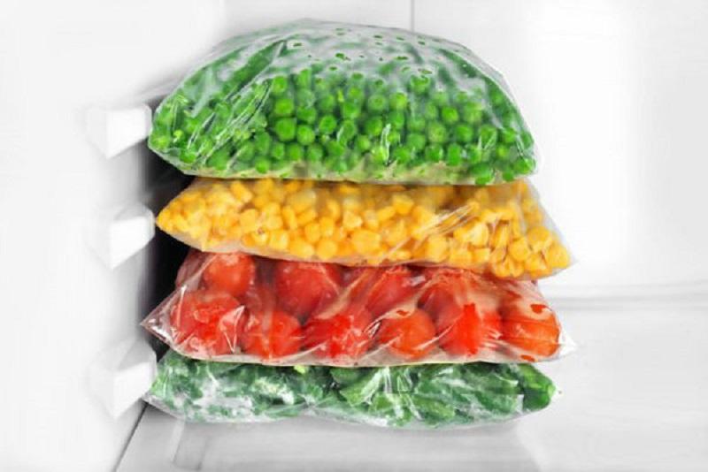 سبزی فریزری بهتر است یا خشک شده؟