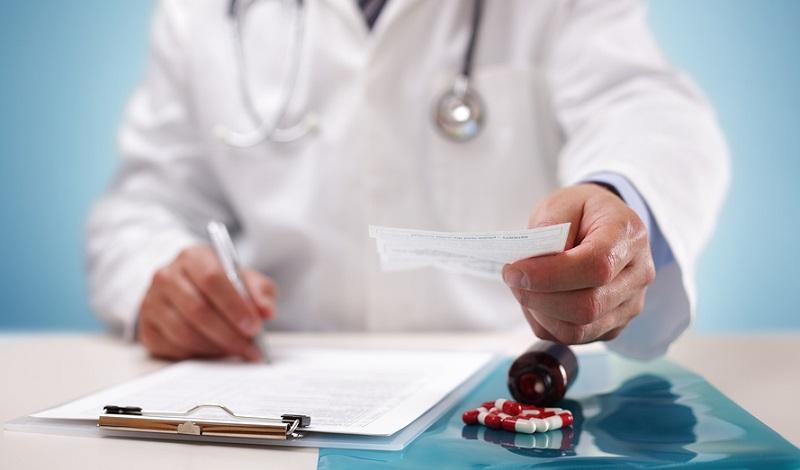 فعالیت ۷۰ هزار پزشک عمومی در کشور