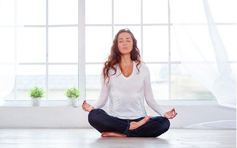 ۱۳ تاثیر ثابت شده یوگا بر روی جسم و روان انسان