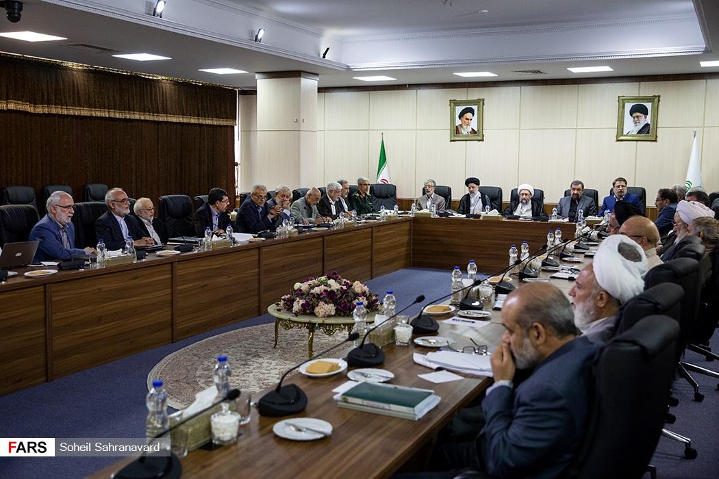 حواشی جدید احمدی نژاد در جلسه مجمع تشخیص مصلحت! + عکس