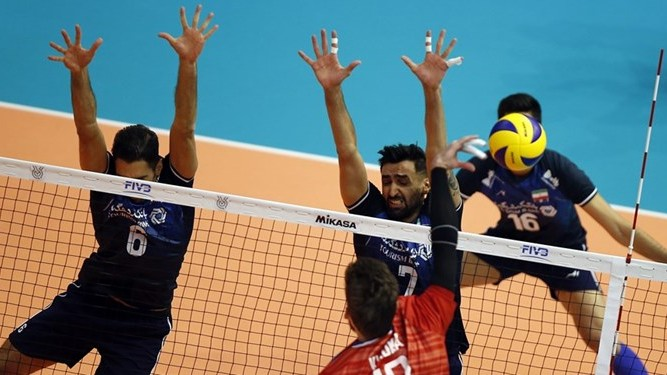 سانسور والیبال ایران و روسیه مخاطبان را کلافه کرد + عکس